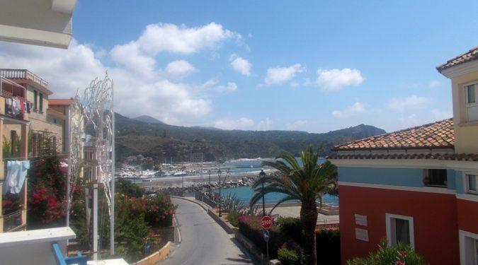 Marina di Camerota appartamento con terrazzo panoramico in vendita